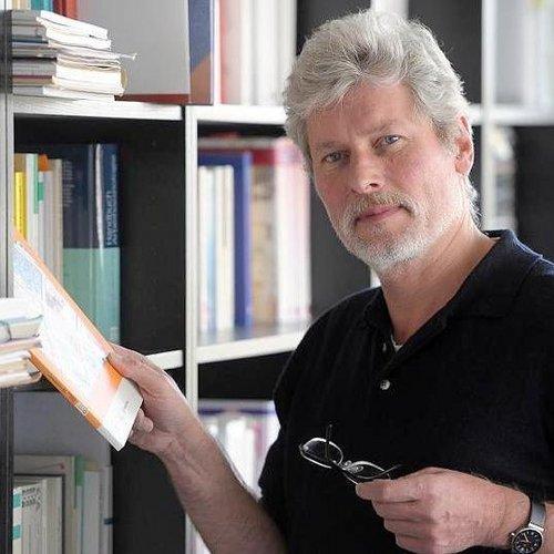 Dr. Günter Warsewa