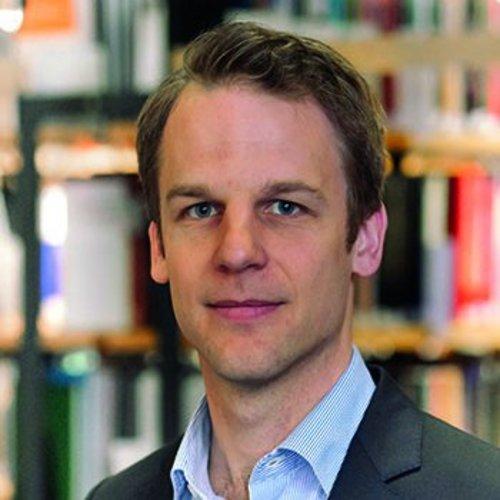 Dr. Stefan Kroll