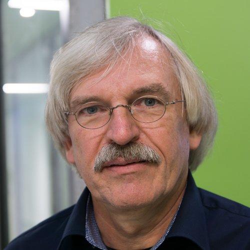 Prof. Dr. Jost Reinecke