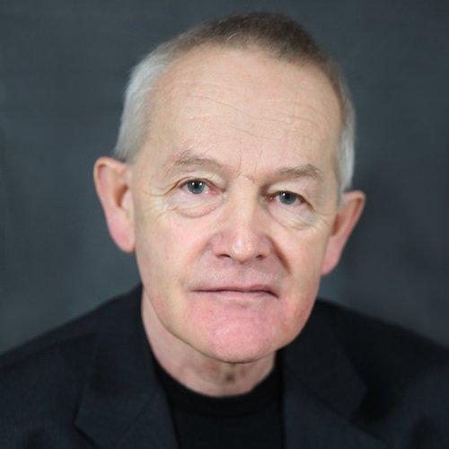 Prof. Dr. Everhard Holtmann
