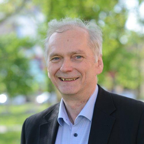 Prof. Dr. Reinhold Sackmann