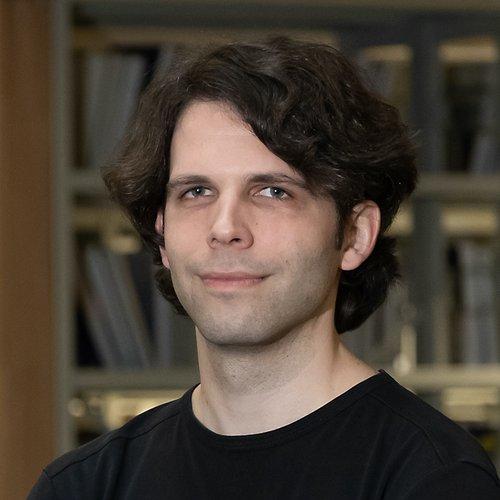 Christian Helge Peters